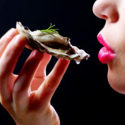 Pure And Natural Aphrodisiacs To Raise Your Libido