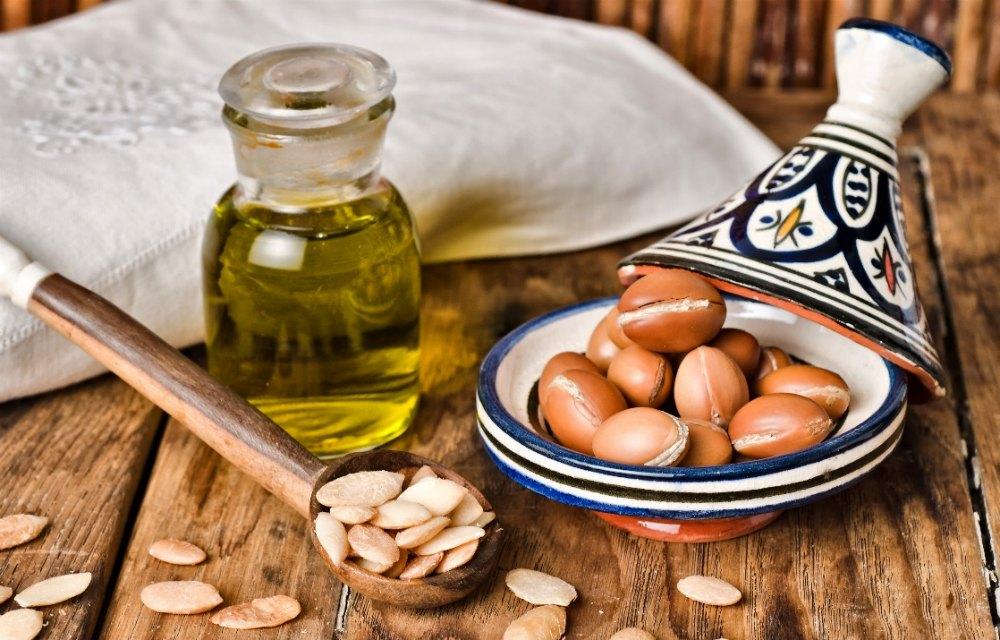 How Organic Argan Oil Helps In Enhancing Your Facial Beauty?